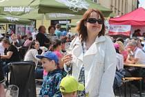 Festival vín VOC Znojmo i letos zaplnil celé Horní náměstí.