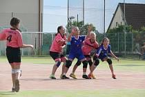 Oddíl národní házené z Miroslavi hostil předposlední červnový víkend mistrovství republiky mladších žákyň.
