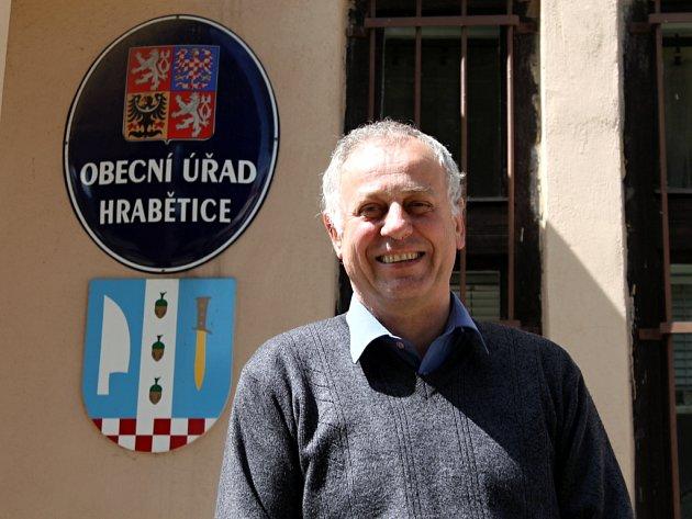 Osmapadesátiletý starosta Hrabětic Jaroslav Fodor.