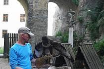 Sokolník Jordán Rostislav v hradebním příkopě.