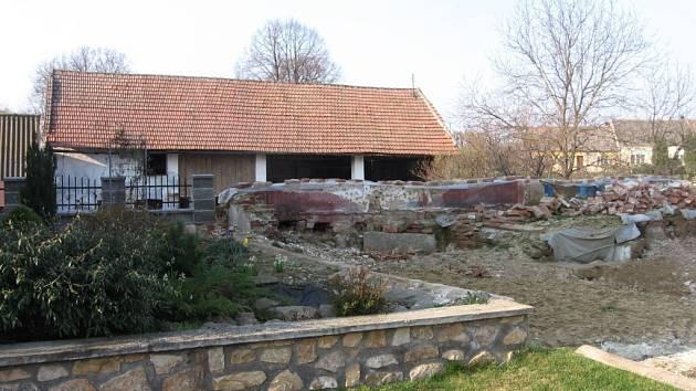 Místo bývalé tvrze v Maršovicích