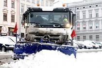 Nezvyklé množství sněhu pro poslední roky napadlo také ve Znojmě.