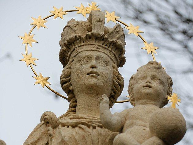 Barokní sochu Panny Marie ve Vranově nad Dyjí restauroval René Vlasák.