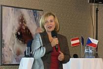 Konferenci Fondu malých projektů v rámci programu spolupráce Interreg V-A Rakousko – ČR má za sebou hotel Savannah v Hatích.