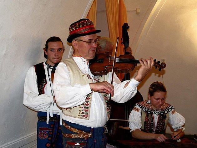 Folklorní večer v Louckém klášteře ve Znojmě.