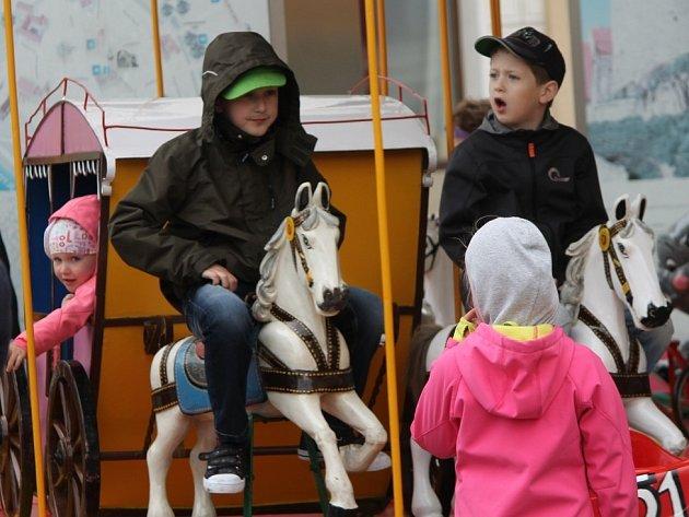 Děti se bavily na znojemském náměstí.