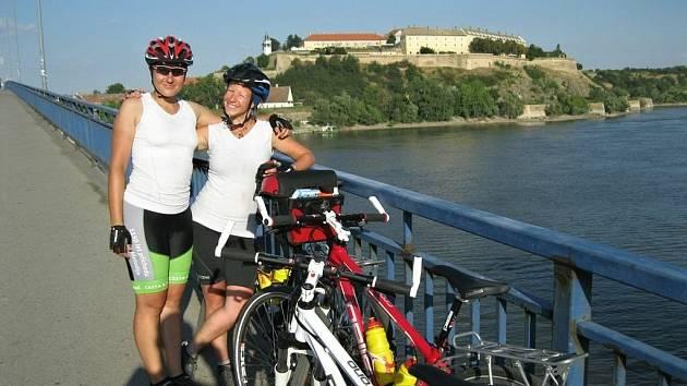 Z Oslnovic vyjelo před měsícem na jih Evropy a do Istanbulu devět mladých lidí.