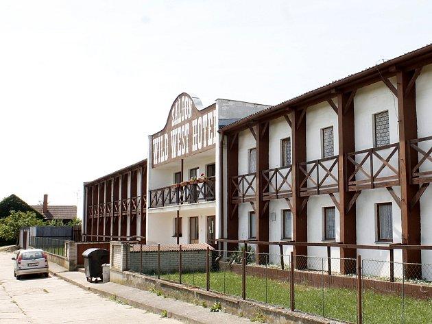 Bývalý Wild West Hotel v Dyjákovicích. Ilustrační foto.
