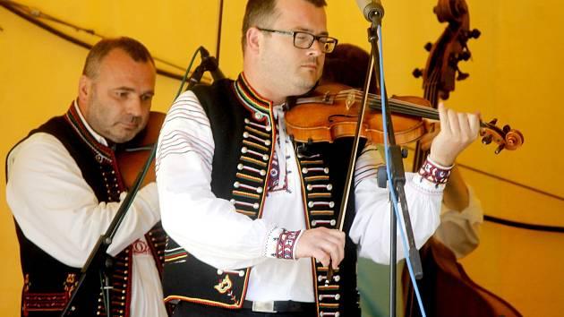 Osmý festival dechové hudby připravili pro poslední červnovou neděli pořadatelé v Tavíkovicích.