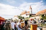 V pořadí 13. ročník Festivalu vín VOC Znojmo se místo v květnu uskuteční až v září. Ilustrační foto z minulého ročníku.
