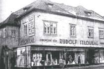 Znojemský obchod Rudolfa Stloukala.