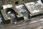 Opravy zříceniny hradu Cornštejn pokračují i v lednu. Hotovo má být do konce dubna.