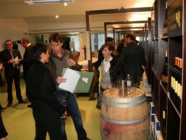 V Retzu otevřeli reprezentativní dům vína