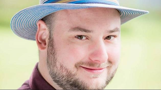Pavel Prachař založil na Facebooku skupinu Deskovky pro dobrou věc.