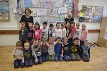 Děti I. B ZŠ Klášterní s paní učitelkou Lenkou Vaculíkovou