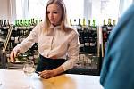 Šatovská výstava vín přilákala na Bílou sobotu stovky návštěvníků. Spolek vinařů pořádal už šestatřicátý ročník oblíbené přehlídky.