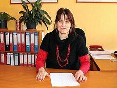 NA OBCI. Starostka Kubšic Lenka Paráková má jasný cíl: Chce, aby se lidem v jejich vesnici dobře žilo. Aby mladí v obci zůstávali.