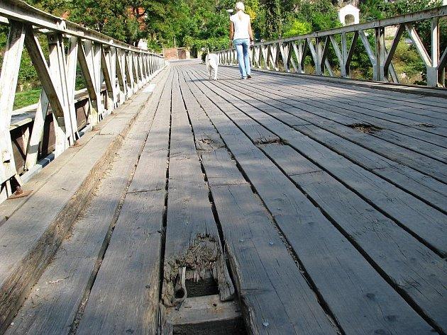 Most přes řeku Dyji pod Kraví horou ve Znojmě.