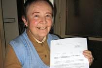 Jiřina Musilová s nabídkou města na odkoupení bytu za 602 tisíc korun.