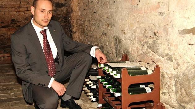 Předseda VOC v archivu VOC vín