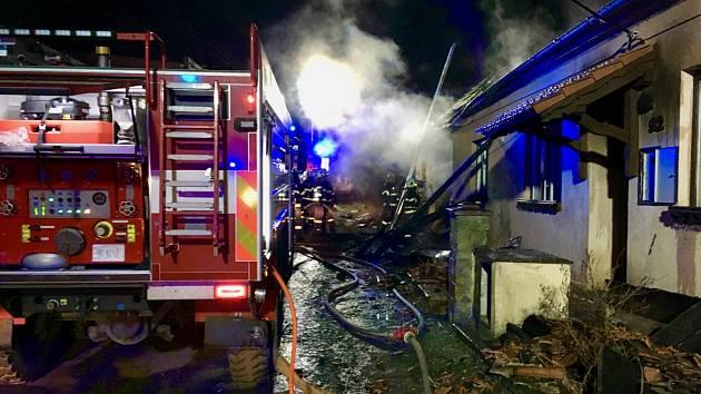 Požár domu a stodoly v Plenkovicích na Znojemsku