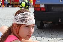 Složky integrovaného záchranného systému předvedly zásah u simulované havárie v centru Znojma.