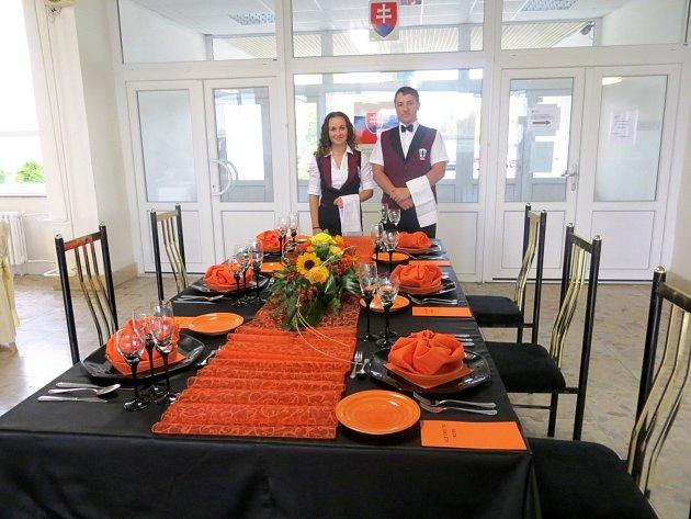 Budoucí kuchaři ze střední školy ze znojemské Přímětické ulice se účastnili soutěže v Bratislavě.