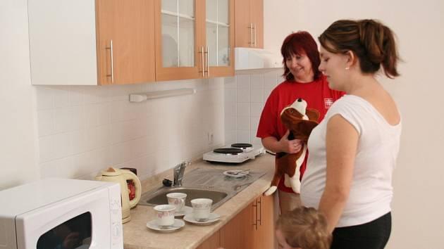Vybavení nového Domova pro matky v tísni