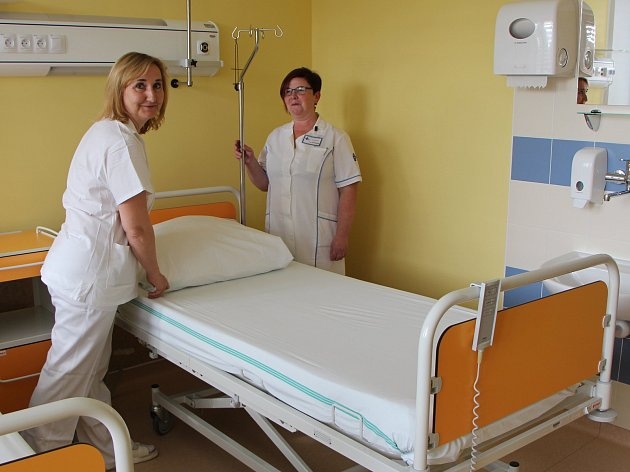 Onkologičtí pacienti znojemské nemocnice mají nové lůžkové oddělení.