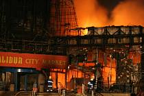 Požár nákupního centra Excalibur City v Hatích u Znojma