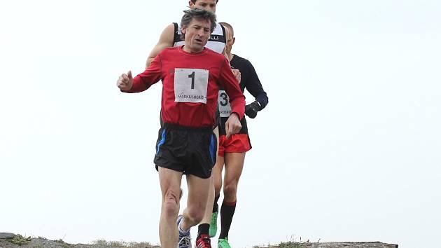 Předposlední běh Znojemského běžeckého poháru se konal v sobotu dopoledne v Boroticích. Pořadatelé připravili úplně nový závod, který nazvali Velká cena Vinných sklepů Lechovice.