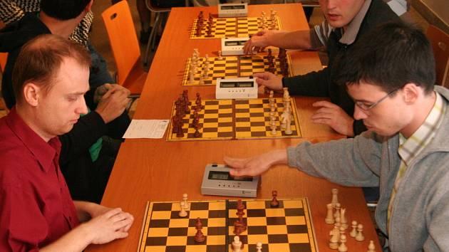 Nespočet vyznavačů šachu mezi sebou soupeřilo o mety nejvyšší.