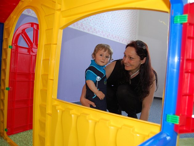 Jolana Ambrosková se synem.