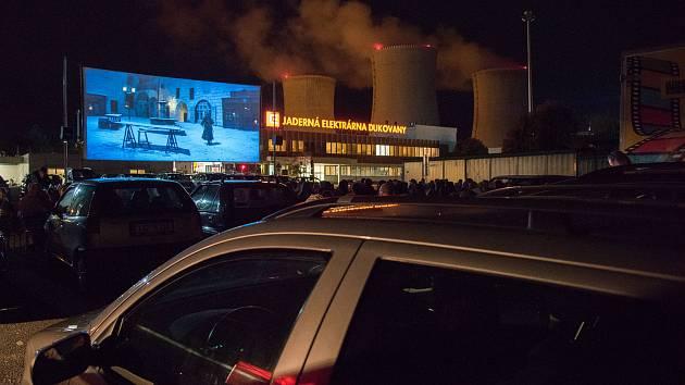 Největší plátno v České republice pod širým nebem nabídne Jaderná elektrárna Dukovany.