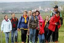 Více než stovka turistů z České republiky i Rakouska vyrazila na sobotní Eurovýšlap Retz - Znojmo.