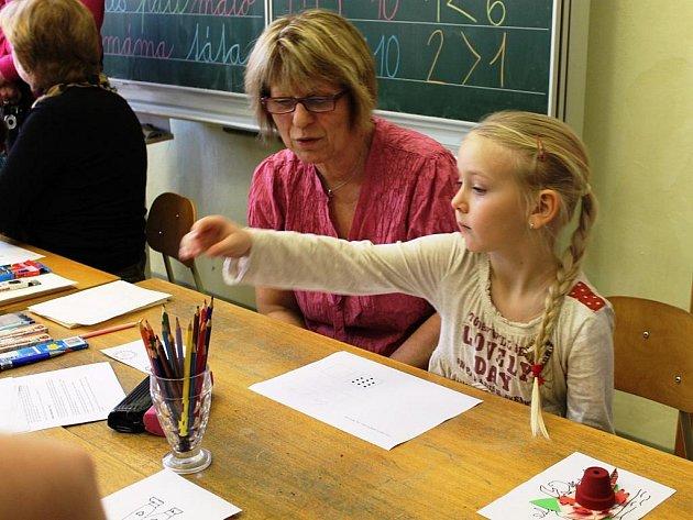 Zápis do prvních tříd - ilustrační foto.