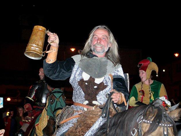 Znojemské historické vinobraní 2010, noční průvod.