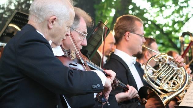 Prvním velkým úspěchem letošního ročníku festivalu se stal páteční zahajovací koncert.