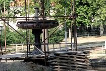 Opravit historickou kašnu v Dolním parku za více než tři miliony korun plánuje znojemská radnice.