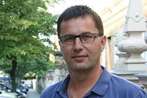 Od roku 2000 se Pavel Brabec z Dobřínska účastní fotbalových mistrovství.