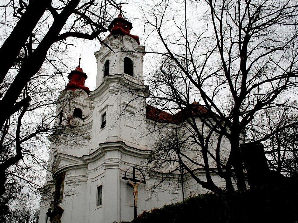 Lechovický kostel je nepřehlédnutelný symbol obce.