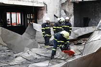 Kulturní dům ve Starém Petříně lehl popelem.