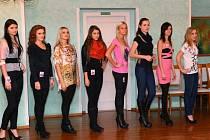 Znojemský hotel Prestige se první prosincový den hemžil kráskami. Konal se tam totiž casting soutěže Miss Znojmo Open 2013.