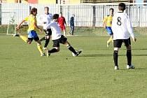 Fotbalisté Tasovic v utkání s Pelhřimovem.