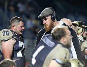 Znojemští američtí fotbalisté Znojmo Knights přehráli rakouský Weinviertel Spartans 48:9.