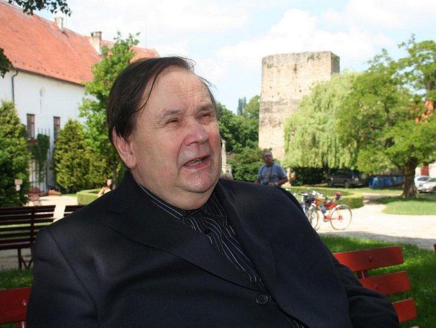 Básník Jiří Kuběna.