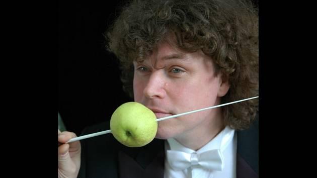 Roman Válek, zakladatel ansámblu Czech Ensemble Baroque a dirigent oratoria.