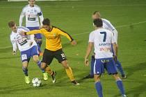 Jen čtvrt hodiny trvalo znojemským hráčům, než splnili představy trenéra Radima Kučery. I díky brance Jana Javůrka porazili ve třináctém kole Fotbalové národní ligy Sokolov 2:0.