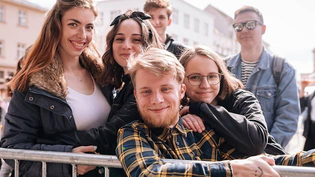 Úterní odpoledne a večer patřil ve Znojmě studentskému Majálesu.