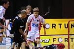 Florbalové extraligové derby: VHS Znojmo (v bílém) vs Bulldogs Brno
